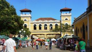 Marché dans le centre-ville de Florianopolis – Brésil