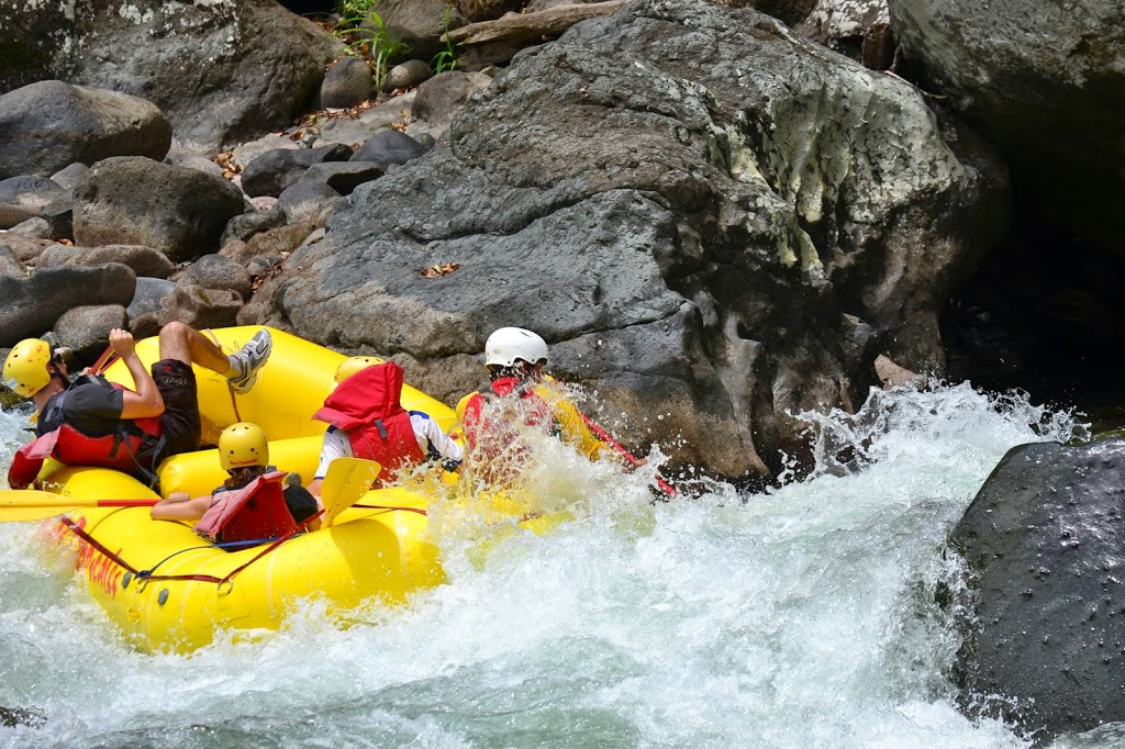 Excursion rafting au Costa Rica