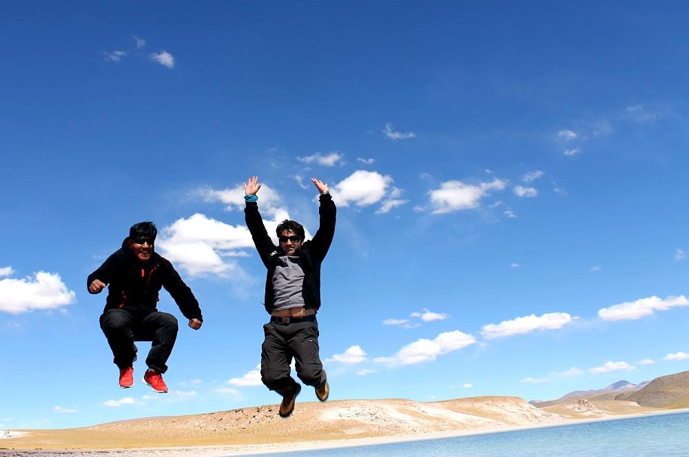 Eloy et Alejandro, meilleurs guides-chauffeurs-cuisiniers-mécanos du Sud de la Bolivie !