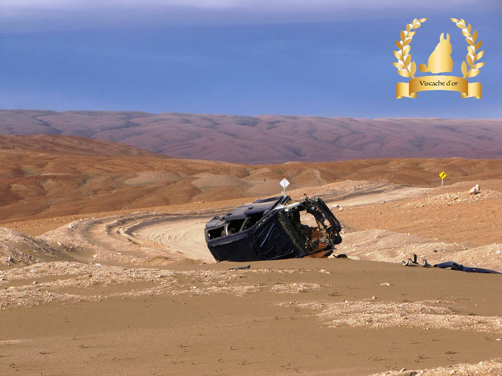 Voiture la plus mal garée de l'Altiplano