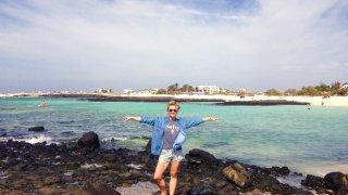 Plage El Cotillo aux eaux cristallines – Côte Nord-Ouest de Fuerteventura