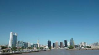 Traversée du Rio de la Plata entre l'Argentine et l'Uruguay