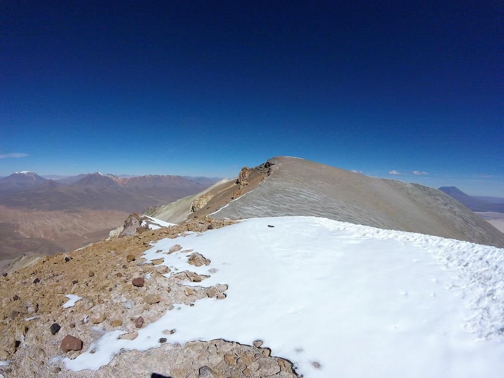 Volcan Ollague, entre le Chili et la Bolivie