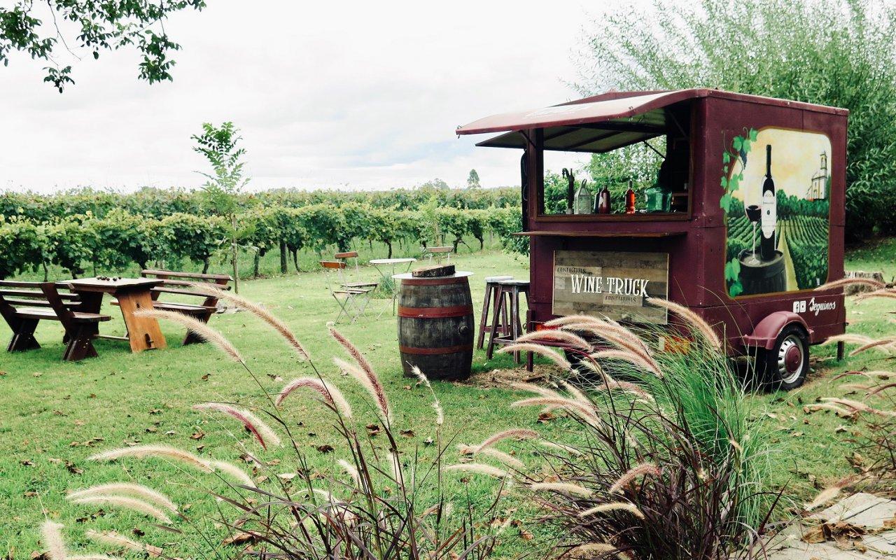 Après le food-truck, place au Wine Truck qui domine le vignoble Almacen de la Capilla à Carmelo – Voyage Uruguay