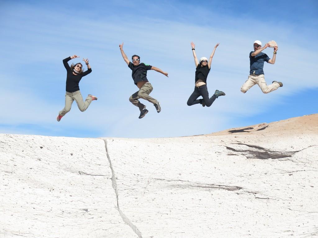 Qui ne saute pas n'est pas Terra ! – Champ de pierre ponce – Catamarca, Argentine