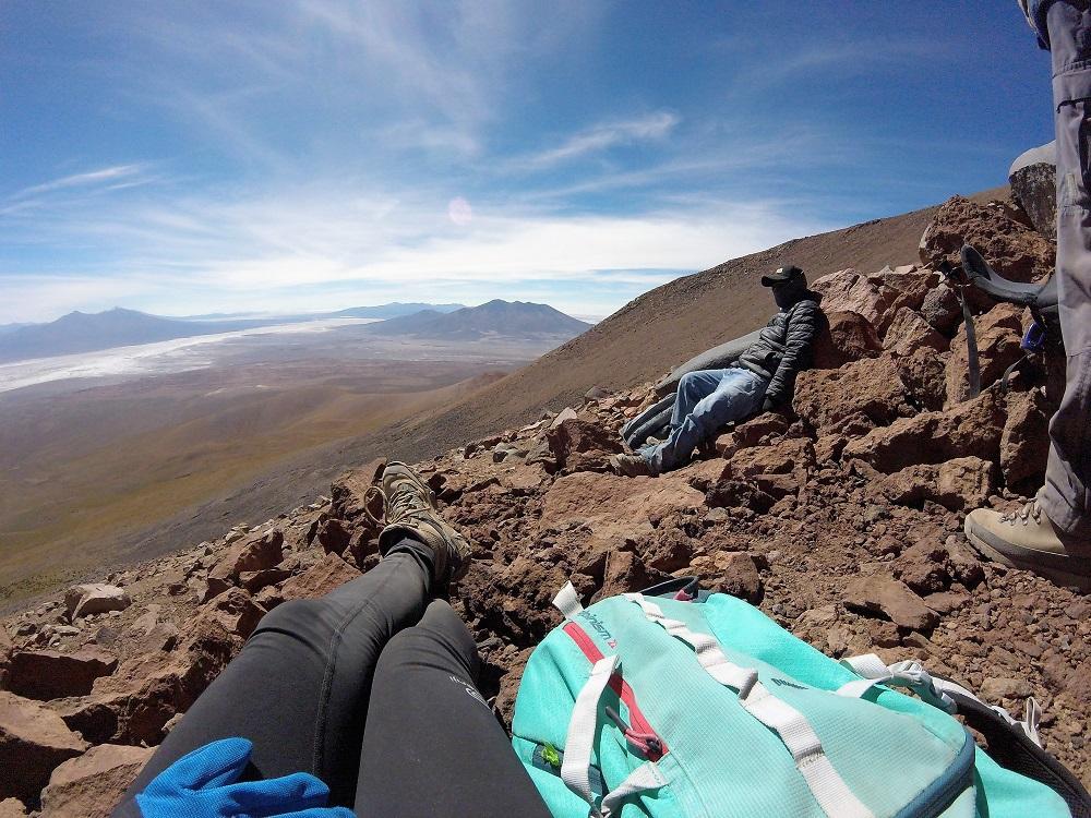 Notre guide Eloy, source de savoir inépuisable sur les volcans et leurs légendes