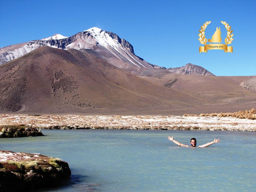 Plongeon d'Arnaud dans les Thermes de Polloquere – Chili