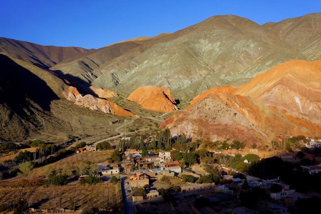 Montagne aux sept couleurs – Purmamarca, Argentine