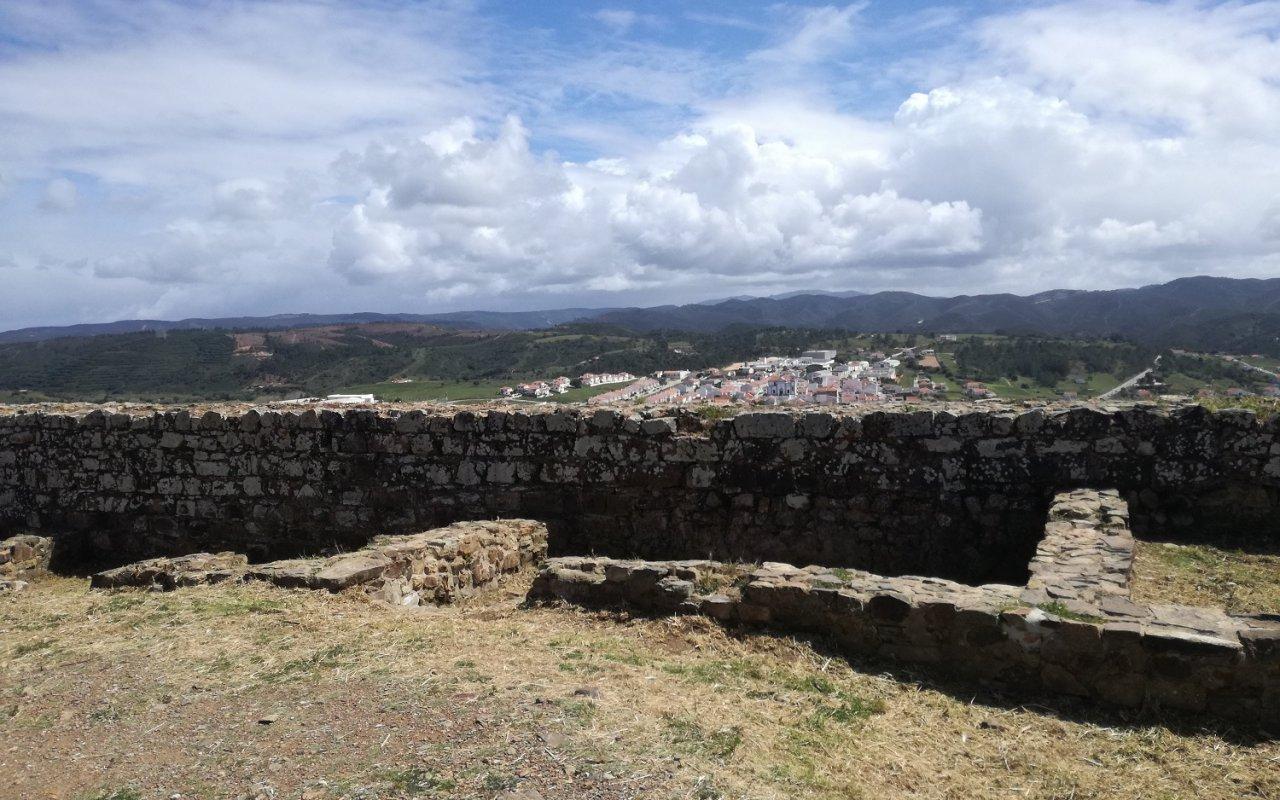 Vue depuis le chateau d'Aljezur – Rota Vicentina, Portugal