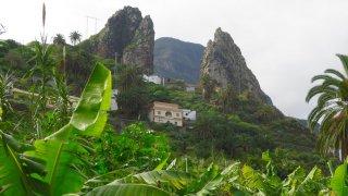 Village d'Hermiga et ses plantations de bananes