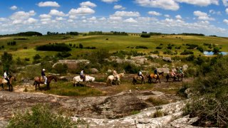 Balade à cheval à l'Estancia La Finca Piedra – UruguayPiedra-Caballos-300x116