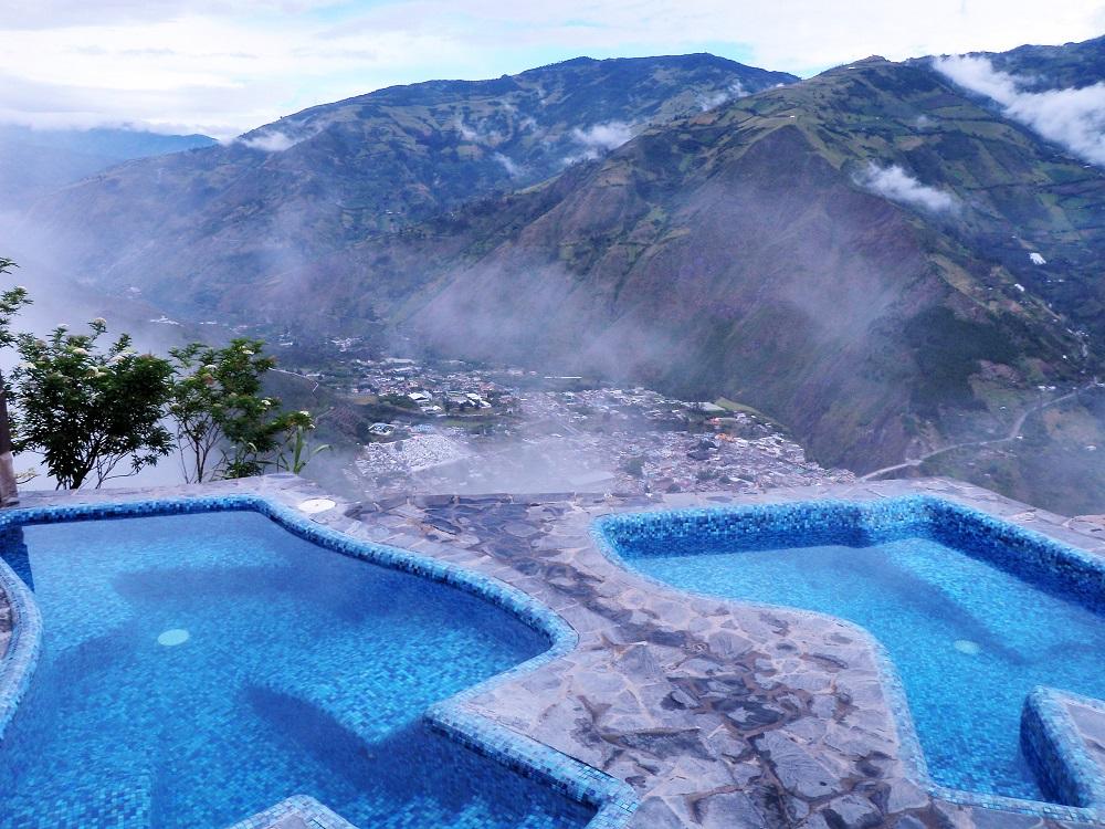 Baños, ville thermale das les Andes en Equateur