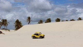 Buggy sur les dunes de Mangue Seco – Brésil
