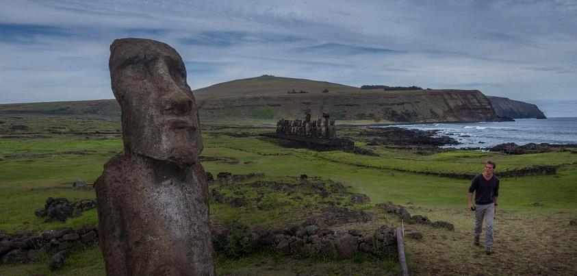 Sébastien en repérage à l'Île de Pâques, très au large du Chili