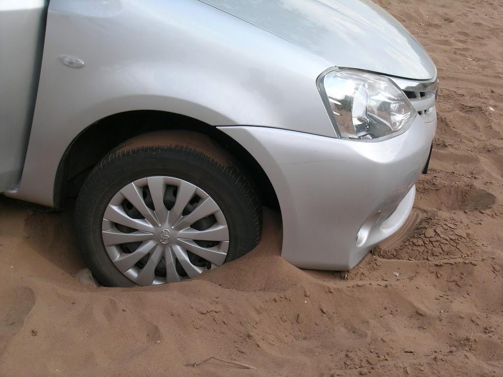 Auto embourbée en plein territoire des fauves – Parc Kruger