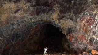 Exploration des es tunnels Gallardo – îles Galapagos