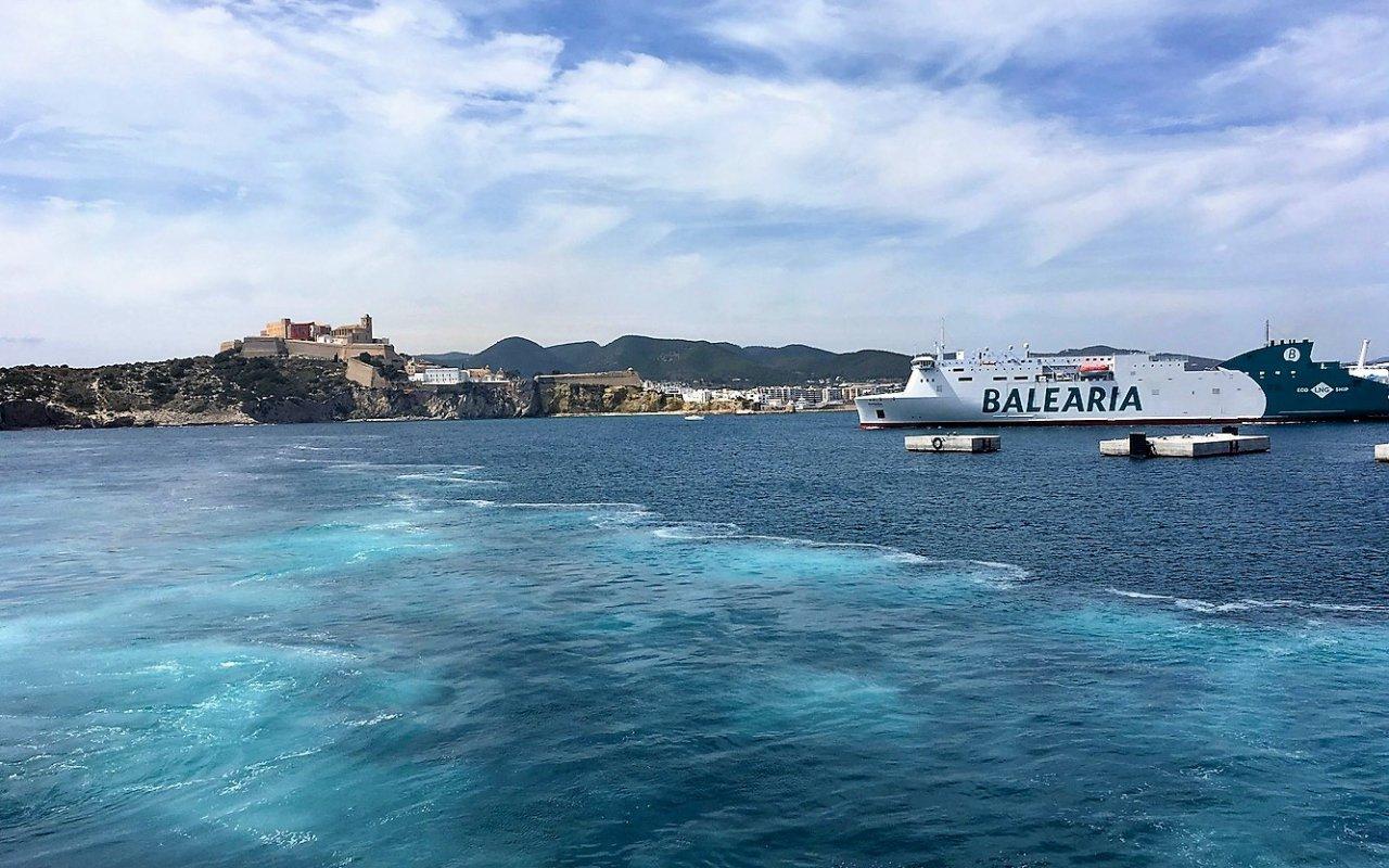 ibiza – entree au port – iles baleares