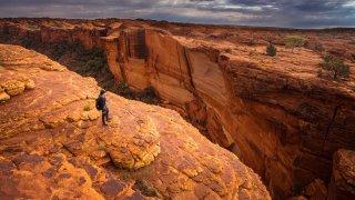 Kings canyon – Explorers Highway en Australie © boyloso