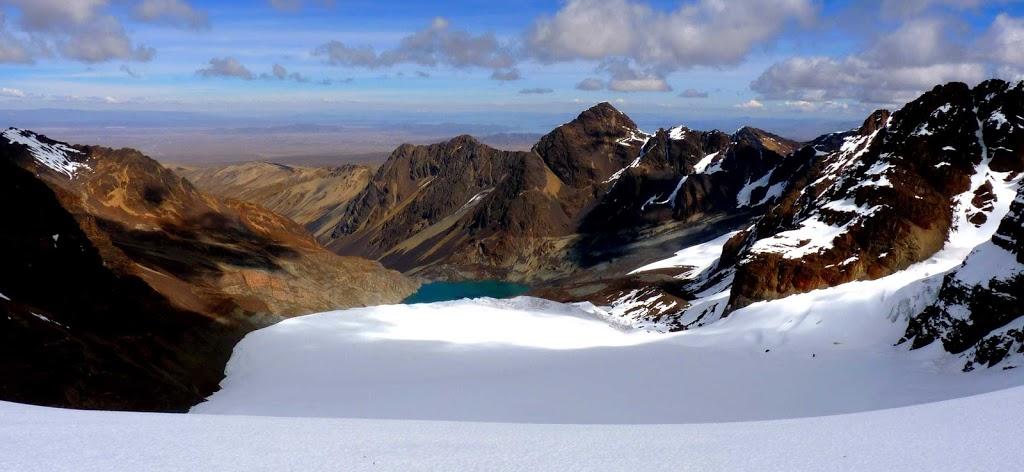 Le bas du plateau avec la lagune émeraude – Condoriri, Bolivie