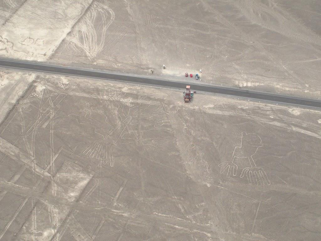 Les lignes de Nazca depuis l'avion – Pérou