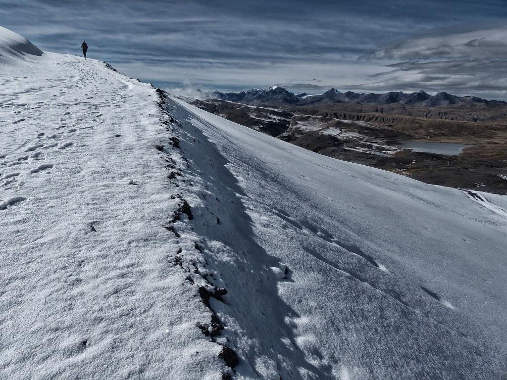 Montée au col Abra Chucura – Bolivie