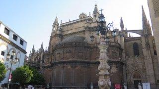 Parvis de la Cathédrale de Séville – Andalousie
