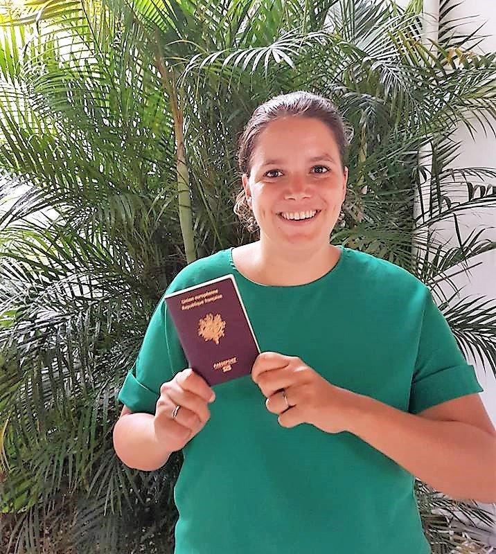 Clémence et son passeport
