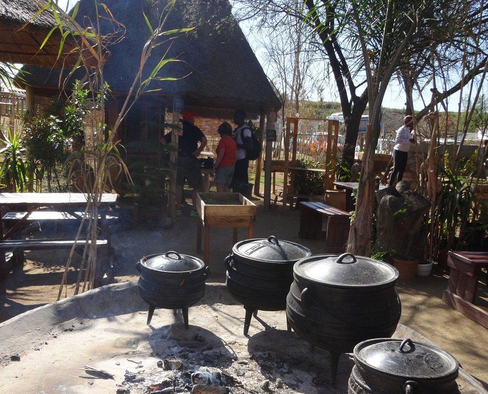 Déjeuner (bunny chow) à Soweto – Afrique du Sud