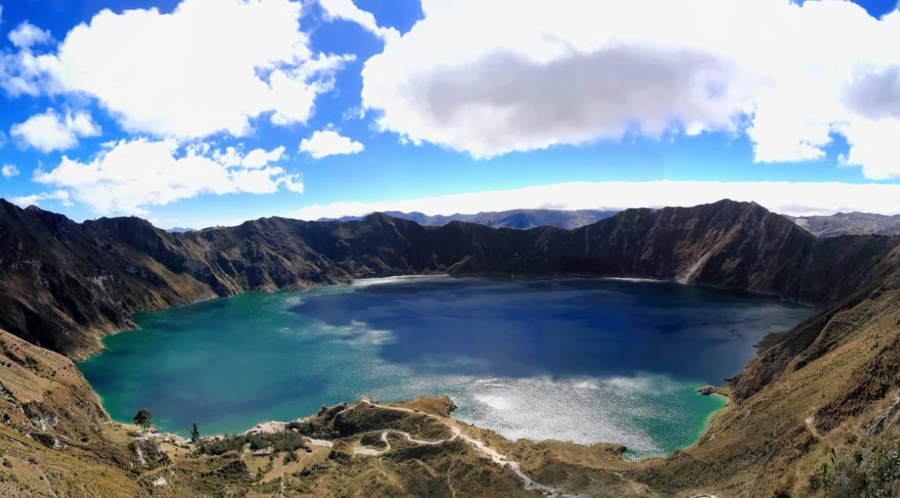 Après une bonne nuit de sommeil, on part dès le matin pour aller jusqu'au cratère du Quilotoa – volcans en Equateur – Terra Ecuador