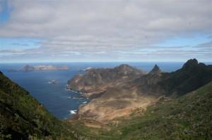 Vue panoramique sur l`île Robinson Crusoé – Chili