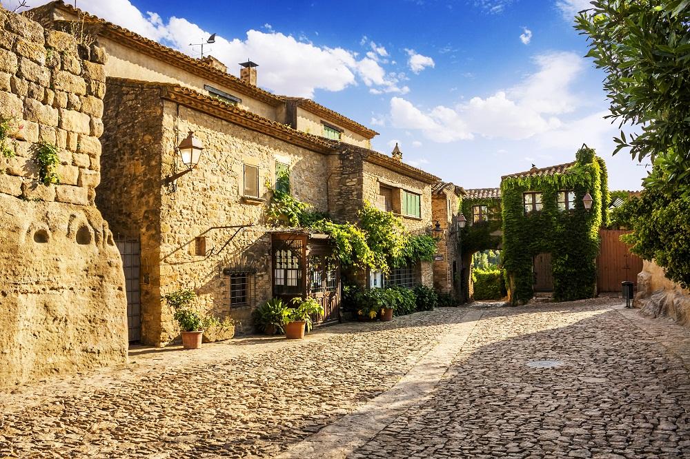 Rue de Peratallada en Catalogne