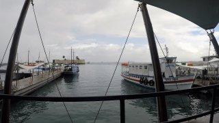 Port de Salvador – voyage dans les îles du Nordeste au Brésil.