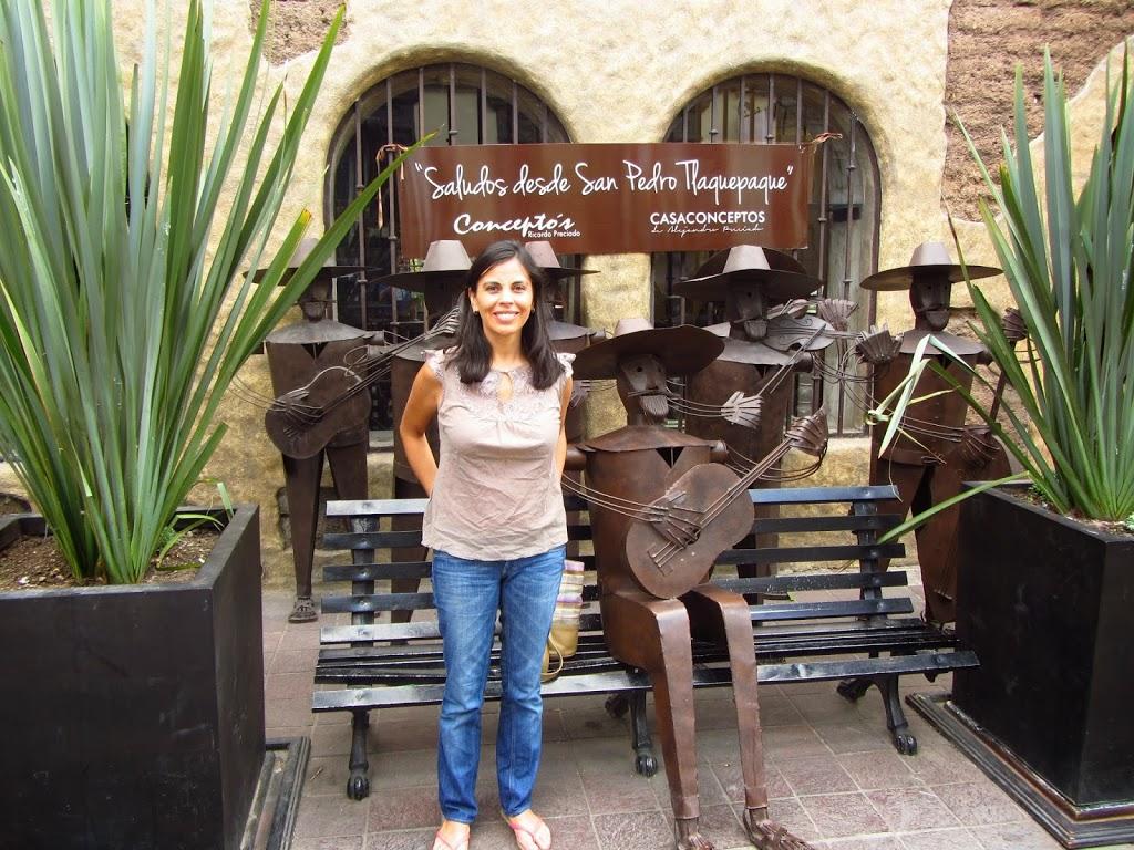 Carola au village de Tlaquepaque, Mexique