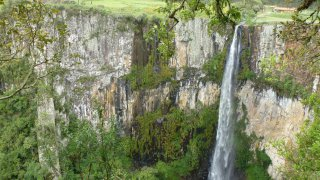 Cascade d'Avencal – Urubici, Brésil